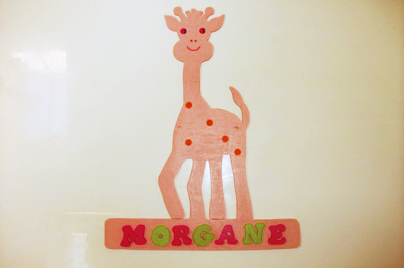 child name door wall plate sign customized with giraffe
