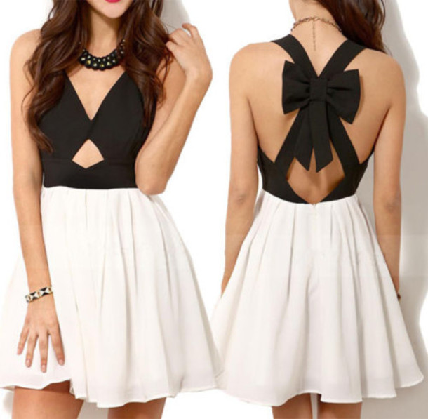 Short Dress with Bow