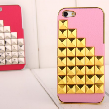 Pyramid Studded Gold Silver Studs Leather Case Cover for iPhone 5 Retail box